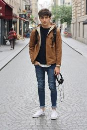 Inspiring Men's Spring Streetstyle Fashion Outfits 15