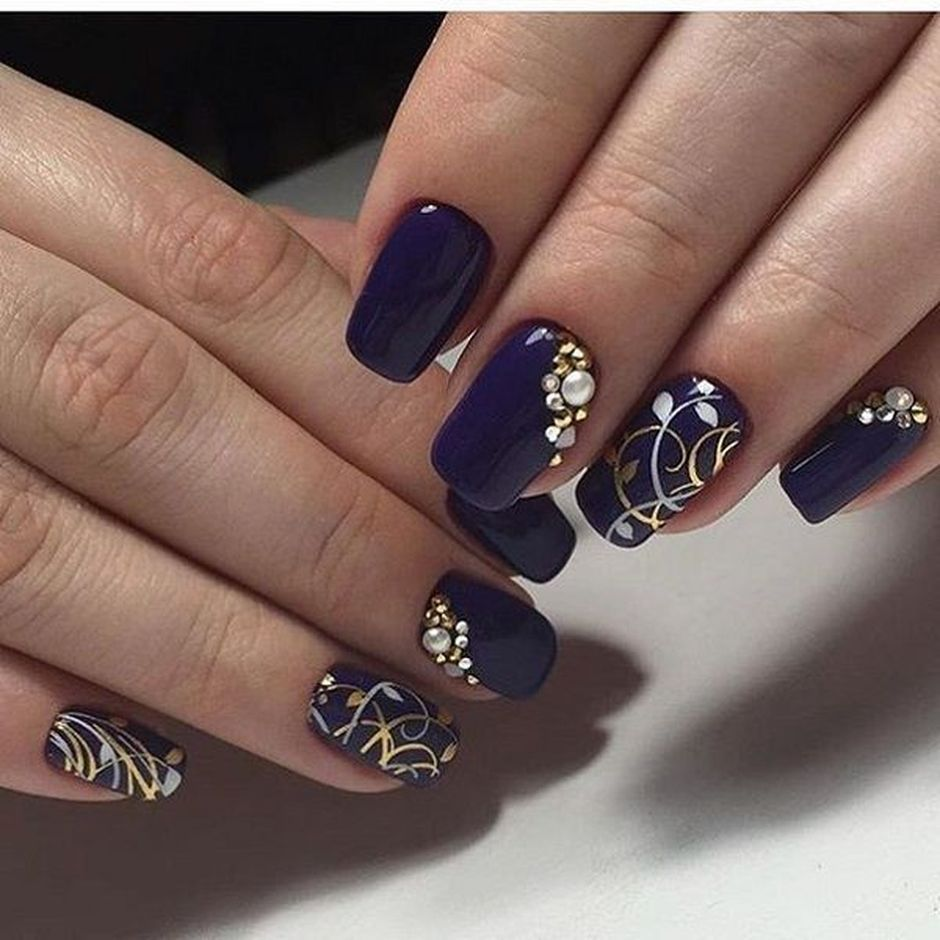 Sweet Blue Nails Ideas that Make Cool and Calm Appearance 22