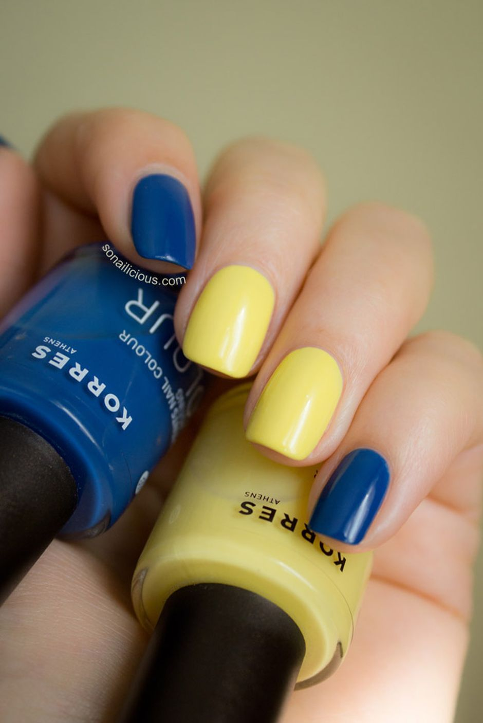 Sweet Blue Nails Ideas that Make Cool and Calm Appearance 25