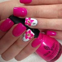 Best Colorful and Stylish Summer Nails Ideas 11