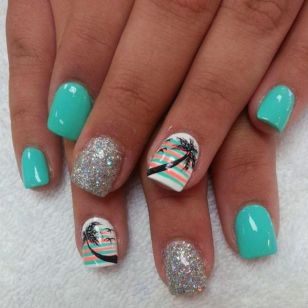 Best Colorful and Stylish Summer Nails Ideas 17
