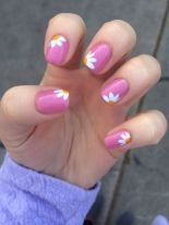 Best Colorful and Stylish Summer Nails Ideas 19