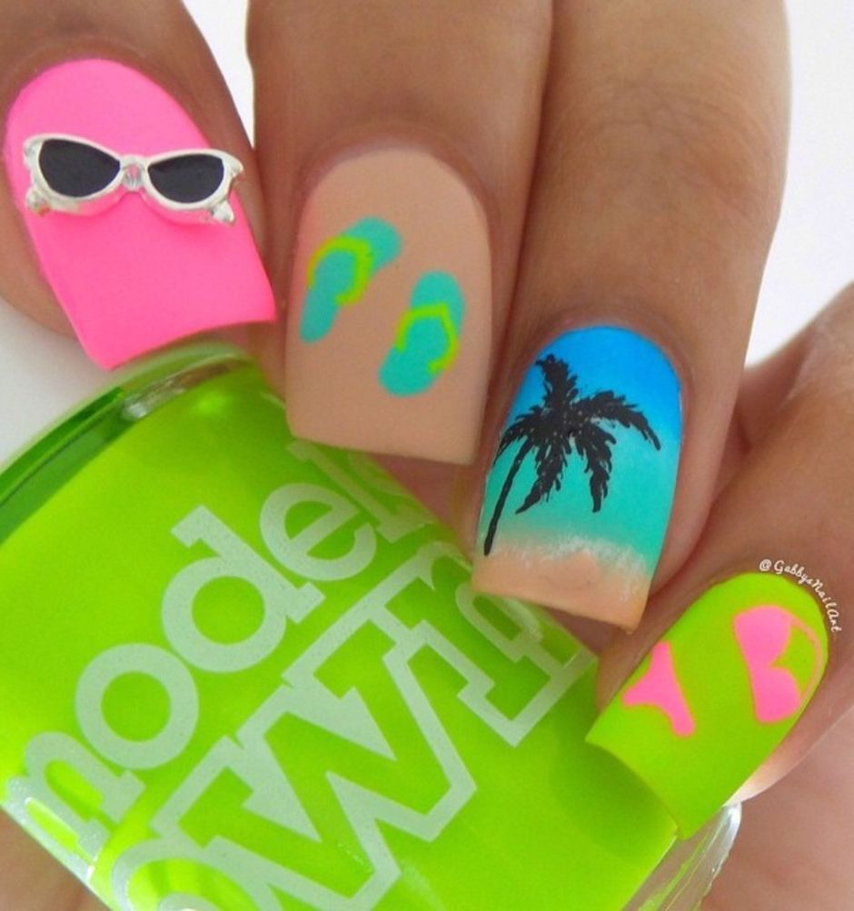 Best Colorful and Stylish Summer Nails Ideas 49