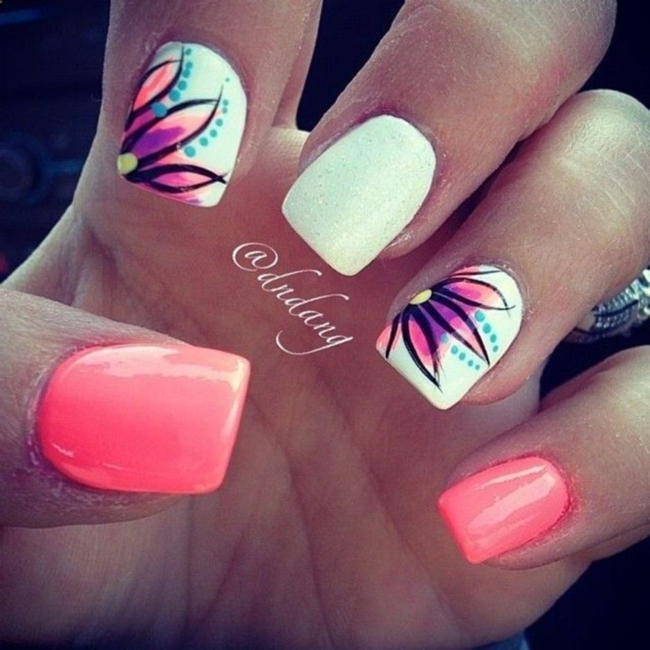 Best Colorful and Stylish Summer Nails Ideas 52