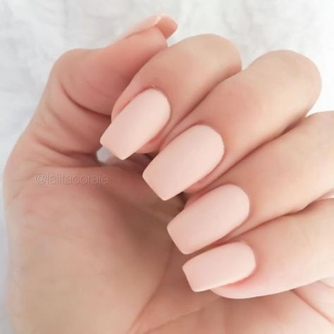 Best Colorful and Stylish Summer Nails Ideas 8