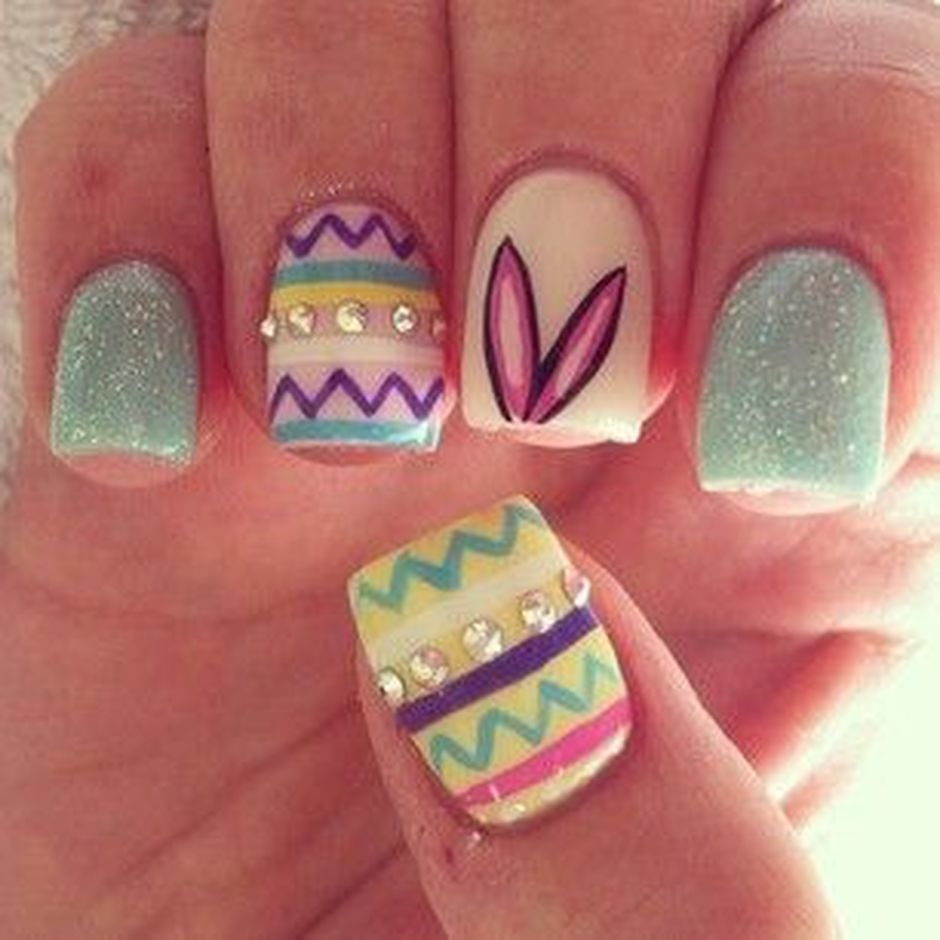 Cute and Easy Easter Nail Art Design Ideas 25