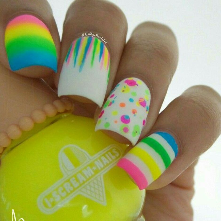 Cute and Easy Easter Nail Art Design Ideas 47