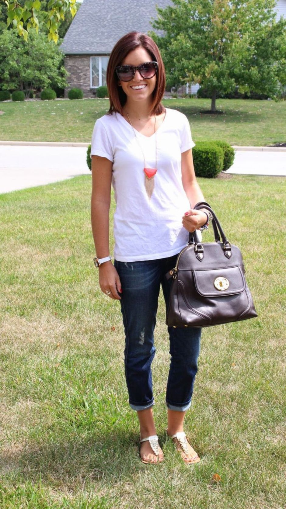 Inspiring Spring Outfits Ideas for Young Mom 15