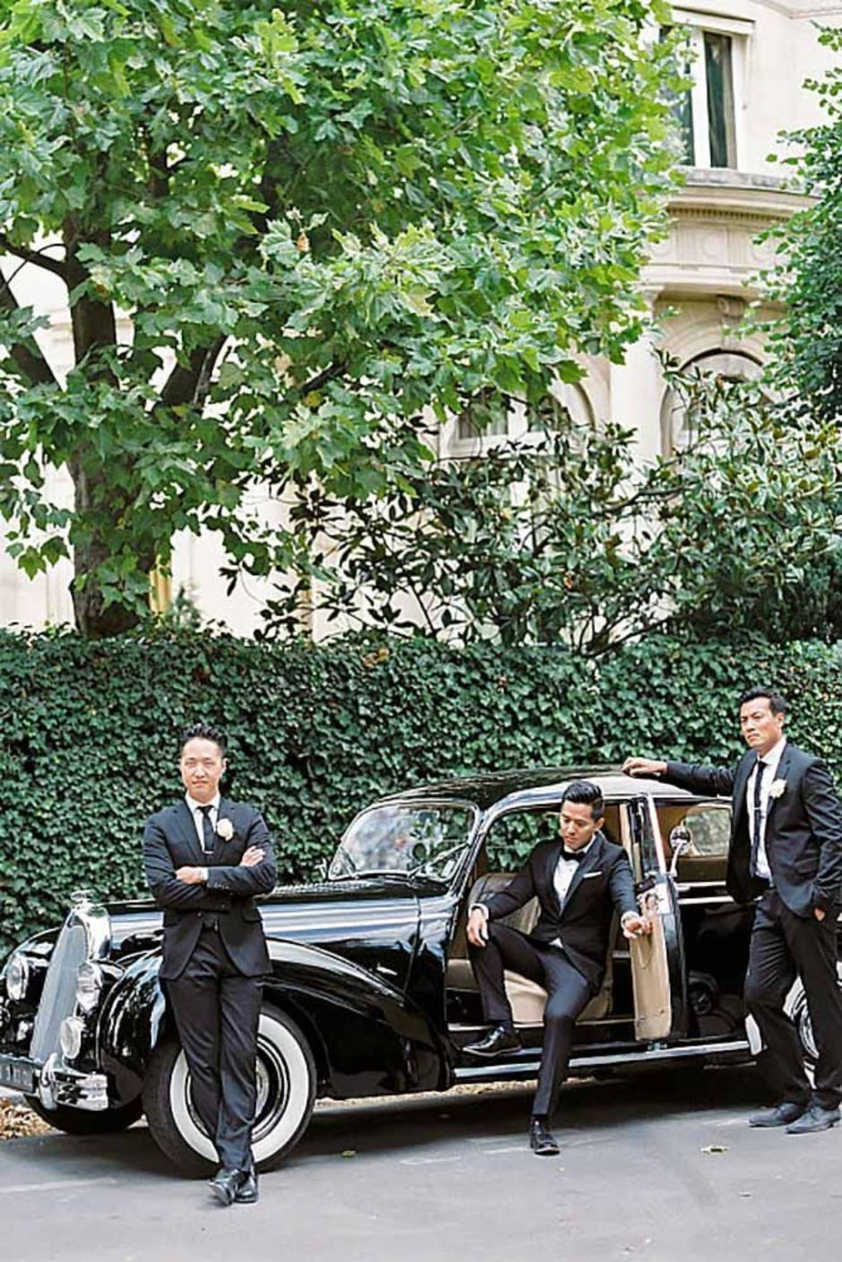 100+ Groomsmen Photos Poses Ideas You Can't Miss 121