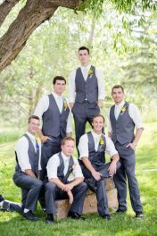 100+ Groomsmen Photos Poses Ideas You Can't Miss 20