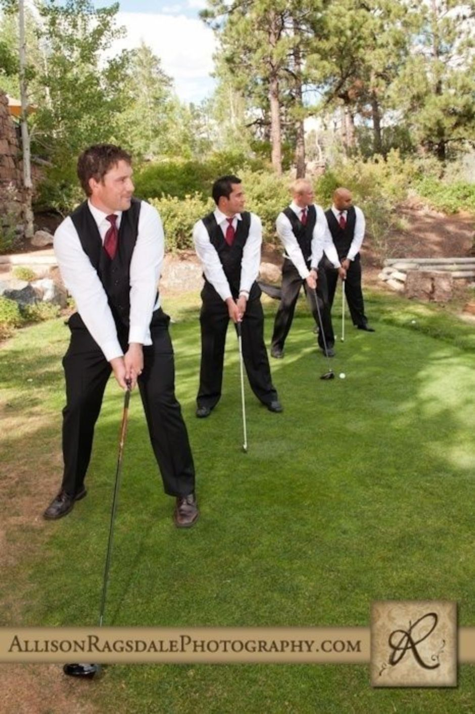 100+ Groomsmen Photos Poses Ideas You Can't Miss 40