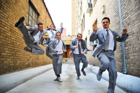 100+ Groomsmen Photos Poses Ideas You Can't Miss 58