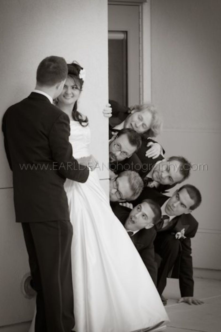 100+ Groomsmen Photos Poses Ideas You Can't Miss 61