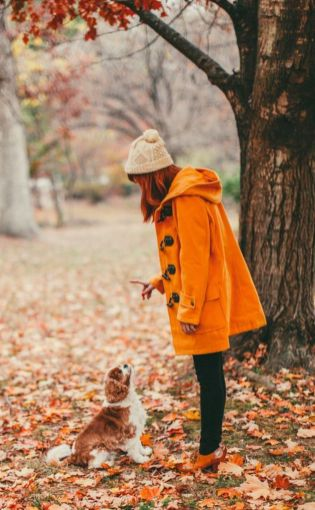 55 Orange Outfit Ideas That Make You Look Young and Fresh 28