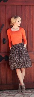 55 Orange Outfit Ideas That Make You Look Young and Fresh 44