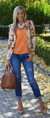 55 Orange Outfit Ideas That Make You Look Young and Fresh 9