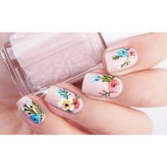 Awesome Floral Nails Design Ideas 3