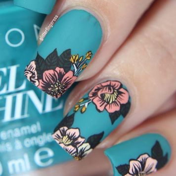 Awesome Floral Nails Design Ideas 30