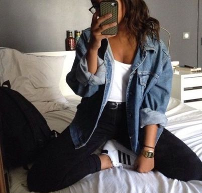 Denim Jacket Outfits Inspirations for Girl 7
