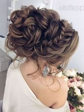 simpe but classy bridal hair do 14