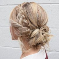 simpe but classy bridal hair do 30