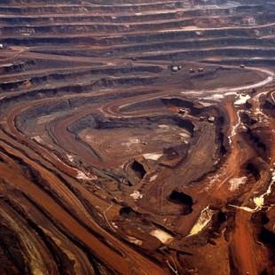 Carajás, a maior mina do mundo a céu aberto está localizada no estado do Pará. Foto: Paulo Santos/Atlas Amazônia Sob Pressão