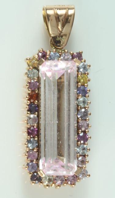 Kunzite Sapphire Pendant, Kunzit Safir Kolye ucu 18 ayar roz altın Kesim ve  Tasarım Gülay Atıcı Ertan