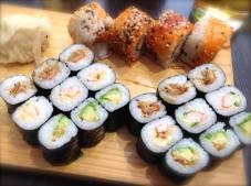 Unterwegs...geht auch Sushi