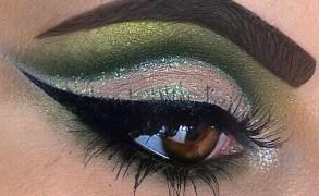 Vanessa Cisullo – Green Cute Crease