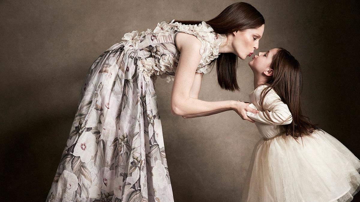 Коко Роша снялась с детьми в фотосессии для Elle