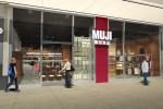 カナダ1号店「MUJI Atrium on Bay」 11月29日オープン