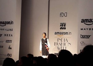 Fashion Show Visit pic2