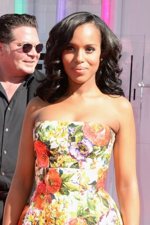 Kerry Washington In Floral Frock On The Red Carpet. #BETAwards2014.