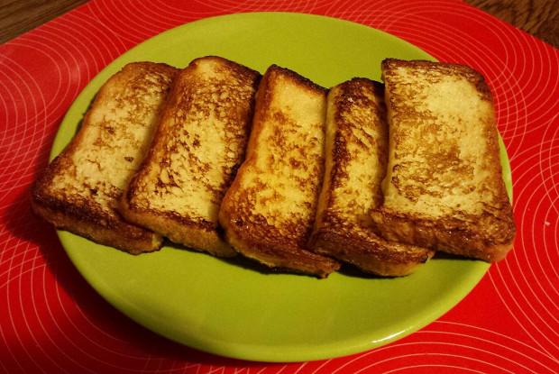 Сладкие гренки из хлеба или батона