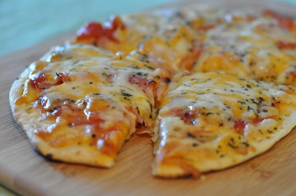 Рецепт пиццы в микроволновке или быстрый перекус