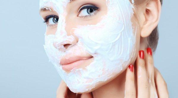 Редкая маска для лица с бадягой косметической