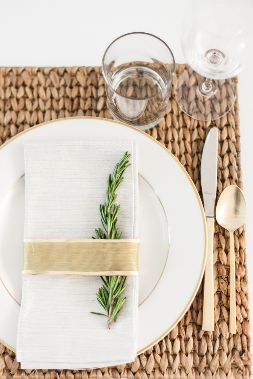 DIY Holiday Place Cards Fashionable Hostess