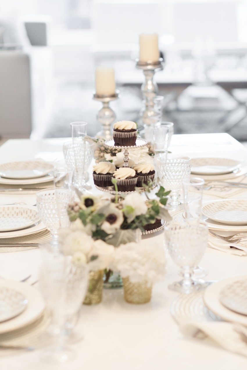 Host A Winter Dinner Party Fashionable Hostess