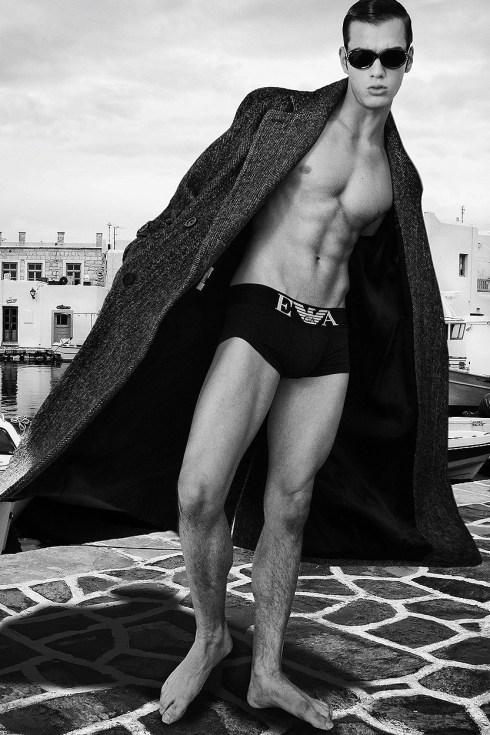 Dashin model Scott Gardner by Ray John Pila - Fashionably Male