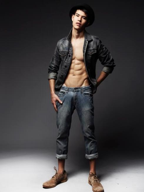 SIMON THAM by W. LORDS3
