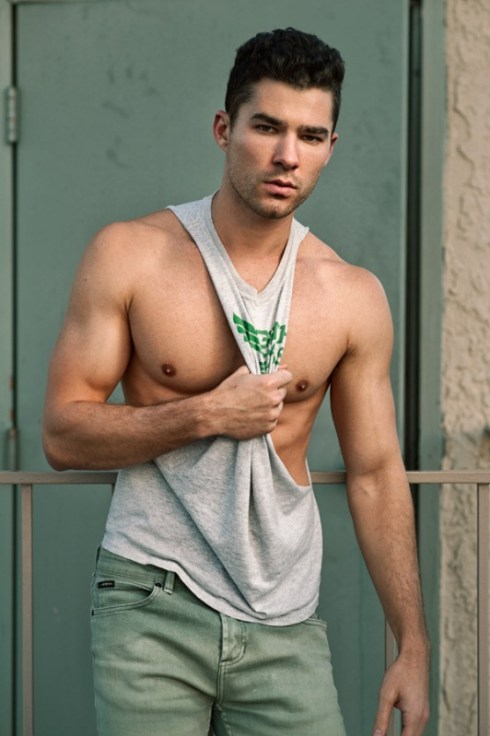 Cody-Callahan-by-Photographer-Tommy-Wu-02