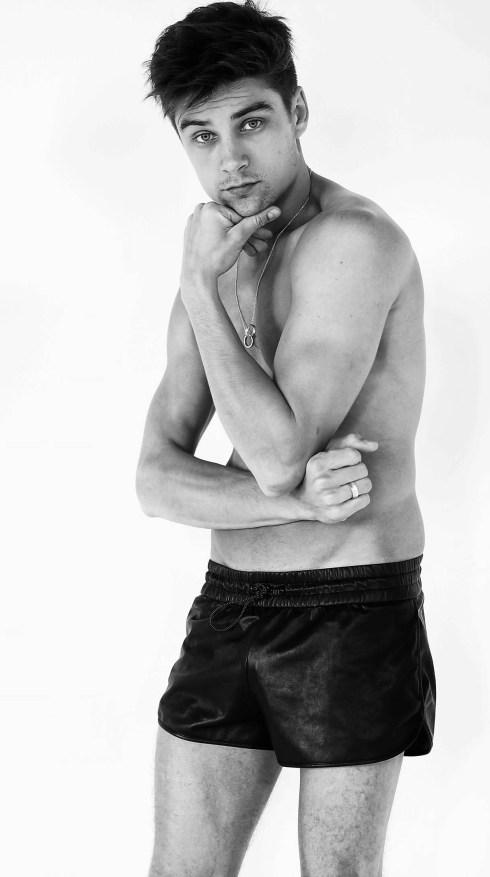 Raphael-Sander-by-Photographer-Marcio-Amaral-06