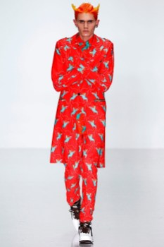 katie-eary-fall-winter-2014-show-0001