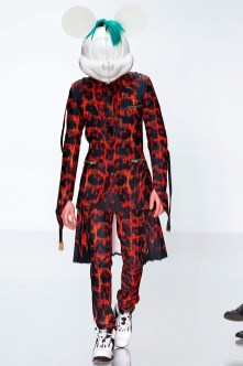 katie-eary-fall-winter-2014-show-0002
