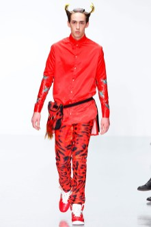 katie-eary-fall-winter-2014-show-0010