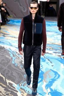 Louis Vuitton25