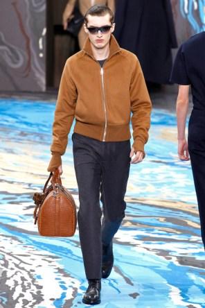 Louis Vuitton32
