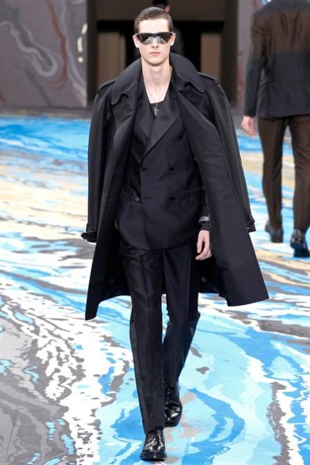 Louis Vuitton41