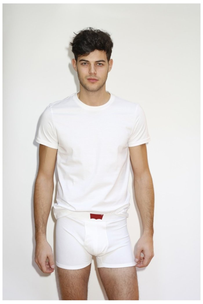 700x1049xlevis-underwear-photos-0002.jpg.pagespeed.ic.rpHt4Va0SZ