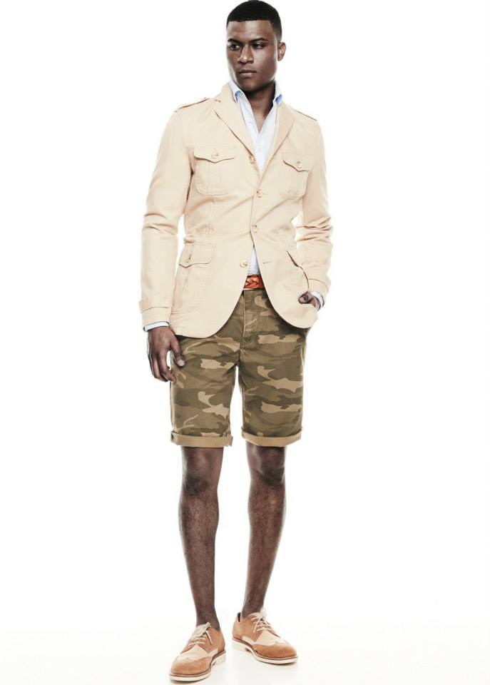 Linen cotton-blend field jacket SHOP NOW >> http://mng.us/1sjQchm Camo-print cotton bermuda shorts SHOP NOW >> http://mng.us/1lXyqyw